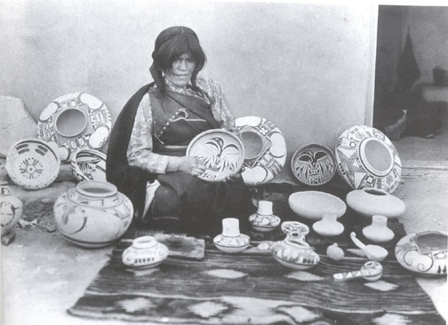 http://indianterritory.com/images/pottery/hopi/nampeyo-vroman-1903.jpg